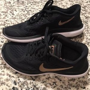 Nike Shoes - Women's Nike Flex Run | Size 7.5